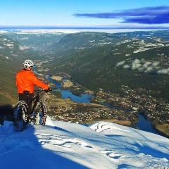 Diamant F4 fat bike on snow summit